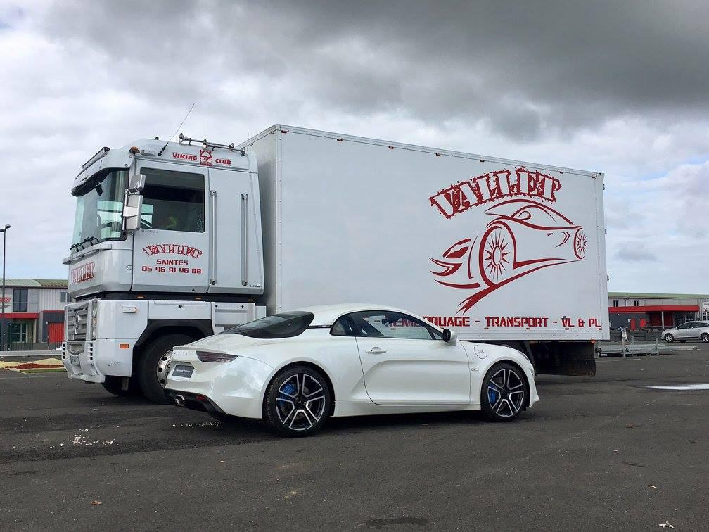 Vallet Dépannage : Transport de véhicules de prestige